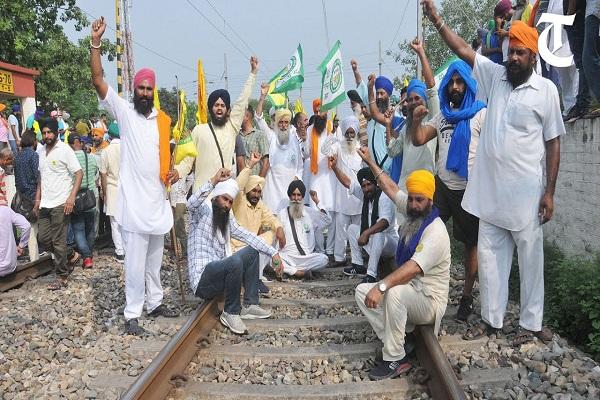 पंजाब में किसान कल रेल लाइनाें पर देंगे धरना, लुधियाना में 4 जगह ट्रैक रहेगा बाधित