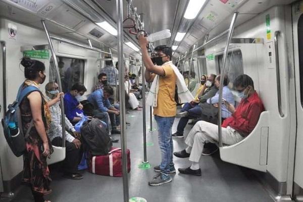 Delhi Metro: यात्रियों के लिए DMRC का तोहफा, मिलेगी हाई स्पीड वाई-फाई की सुविधा